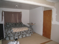 01-lins-lines-beforeandafter-room-one-before